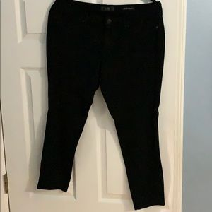 Jessica Simpson KISS Me Jeggings size 32